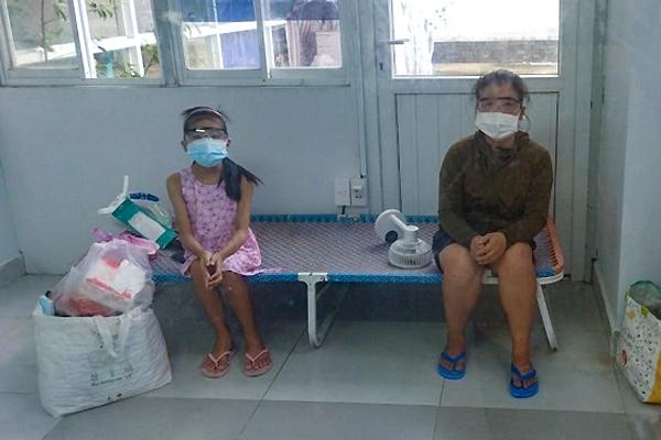 Sài Gòn mùa dịch: Những đứa trẻ khốn khổ phải học cách tự lập