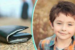 Cậu bé xin tiền của người giàu, lý do khiến người trợ lý xấu hổ