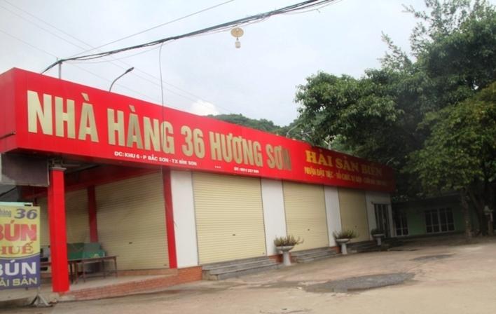 Thanh Hóa mở lại hàng loạt dịch vụ thiết yếu, tiệm cắt tóc đón 2 người/lượt