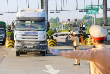 Transport Ministry asks local authorities to stop issuing sub-licenses hindering goods circulation