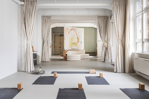Bí quyết chọn phòng tập Yoga cho người mới bắt đầu