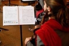 Taliban cấm âm nhạc ở Afghanistan, ra quy định mới với phụ nữ
