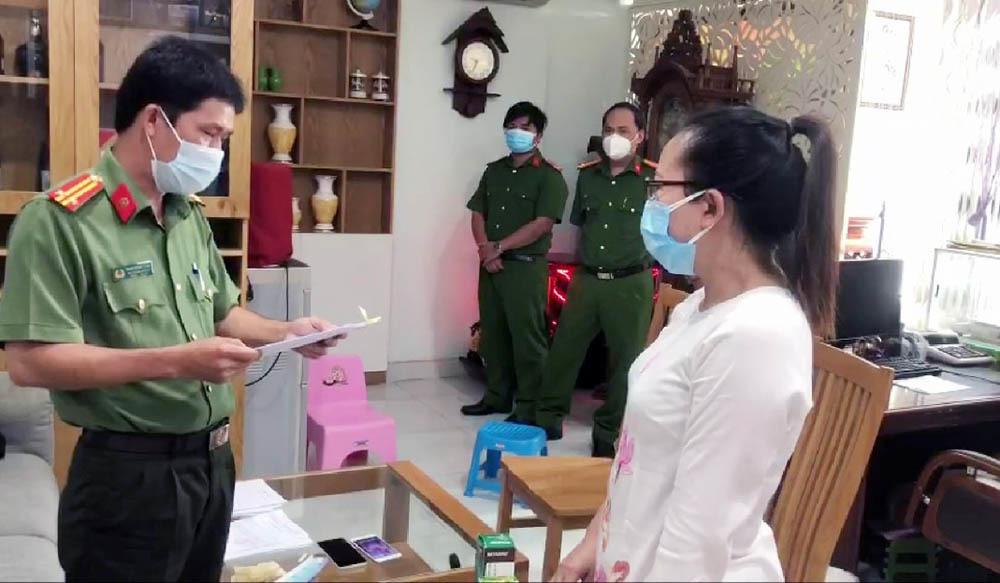 Bắt nữ chủ tiệm vàng ở TP.HCM do liên quan 'trùm' buôn lậu Mười Tường