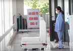 'Make in Vietnam' robot delivers food and supplies to Covid-19 patients