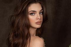 Nhan sắc bốc lửa tuổi 22 của tân Hoa hậu Hoàn vũ Paraguay