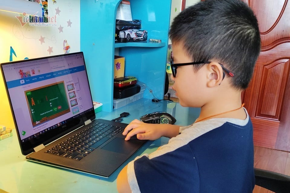 Cà Mau dừng dạy trực tuyến cho học sinh tiểu học
