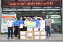 Livecool trao tặng 10.000 sản phẩm hỗ trợ tăng sức đề kháng