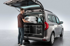 Mercedes-Benz ra mắt xe van đô thị có sẵn giường và bếp
