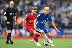 Chelsea cầm hòa Liverpool trong cảnh thiếu người