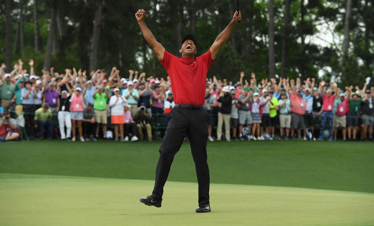 Ngày Tiger Woods thay đổi thế giới golf