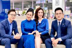 MC Hoài Anh, Mai Ngọc tươi tắn bên các nam đồng nghiệp tại VTV