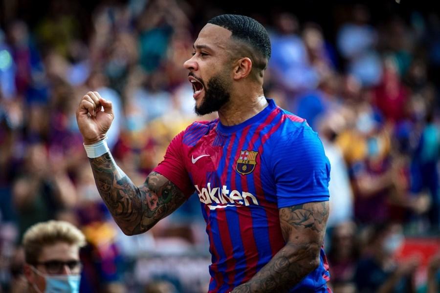 Depay hóa người hùng, Barca thắng nghẹt thở Getafe