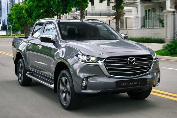 Mazda BT-50 2021 có gì để cạnh tranh với Ford Ranger, Toyota Hilux?