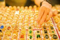 Mua vàng trong nước lúc này lỗ ngay tiền triệu
