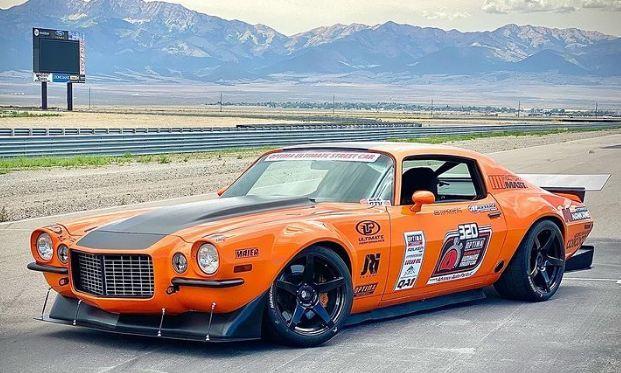 Những chiếc xe cơ bắp cổ điển độ body kit thân rộng cực chất