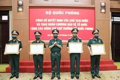 5 Thứ trưởng Bộ Quốc phòng nhận Huân chương Bảo vệ Tổ quốc