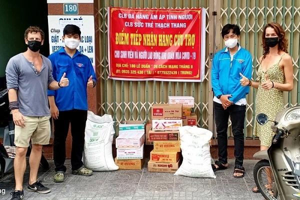 Đà Nẵng hỗ trợ người nước ngoài gặp khó khăn vì dịch