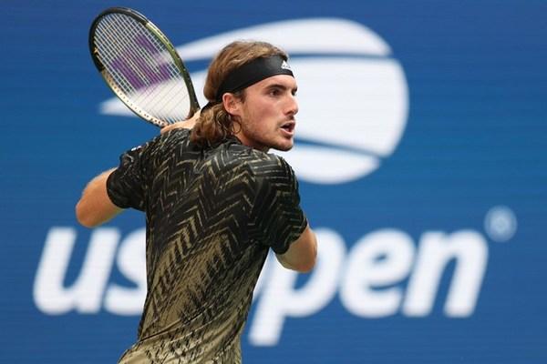US Open 2021: Tsitsipas hạ Murray sau 5 set kịch chiến