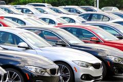 Ô tô nhập khẩu tháng 8 giảm mạnh