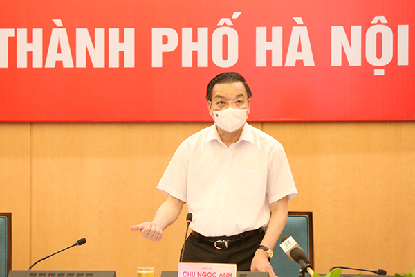 Chủ tịch Hà Nội yêu cầu dập tắt nhanh nhất các ổ dịch mới