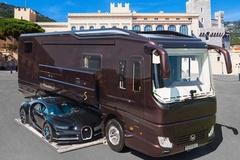 Nhà di động giá 1,9 triệu USD có thể chở theo Bugatti Chiron