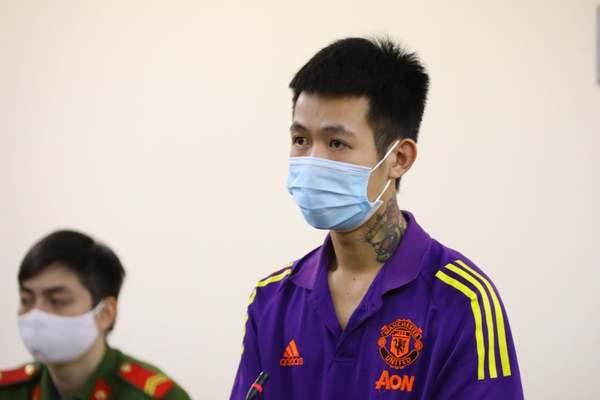 Lĩnh án vì đấm người làm nhiệm vụ tại chốt kiểm soát Covid-19 ở Hà Nội