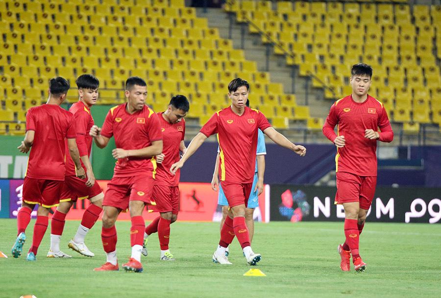 Tuyển Việt Nam 'xông đất' sân vận may của Saudi Arabia