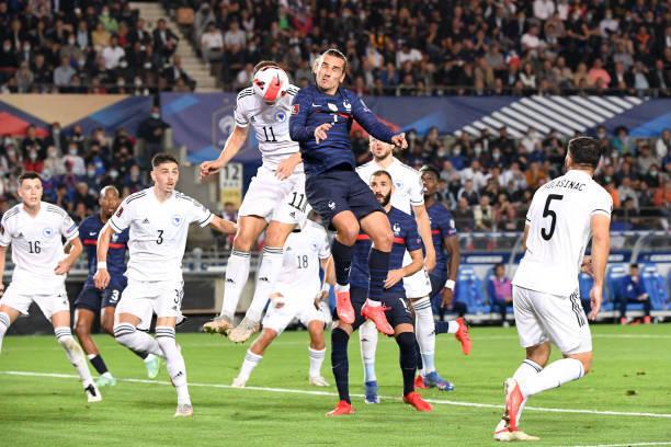 Griezmann giải cứu tuyển Pháp trước Bosnia