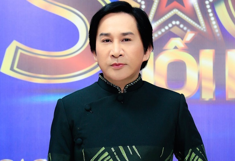 NSƯT Kim Tử Long được vợ kém 11 tuổi lo chu toàn mọi thứ từ A tới Z