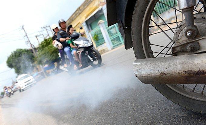 Bắt buộc kiểm tra định kỳ khí thải xe máy: Cần rõ lộ trình, tránh áp đặt