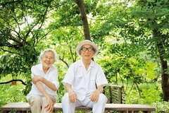 The generation of elderly who do not live with their children
