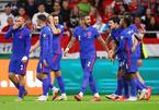 Tuyển Anh đè bẹp Hungary 4-0