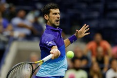 """Djokovic """"tốc hành"""" vào vòng 3 Mỹ mở rộng"""