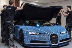 Những chiếc ôtô làm từ Lego tỉ lệ 1:1 chạy như xe thật