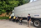 Phát hiện 4 người trốn ở thùng xe 'luồng xanh' tại Hà Nội