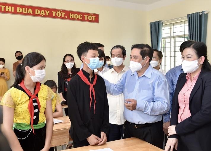 Thủ tướng động viên ngành giáo dục trước năm học mới
