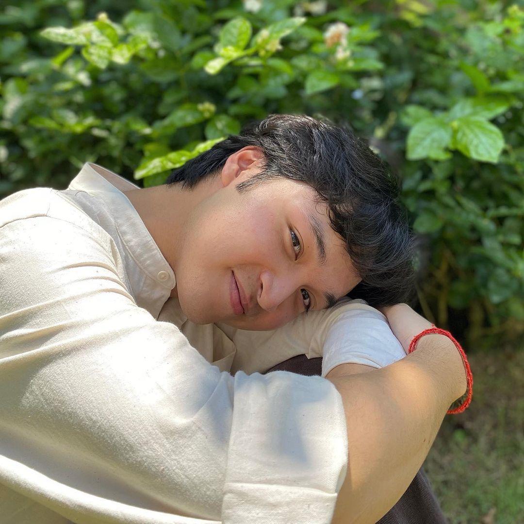 Trương Ngọc Ánh và bạn trai kém tuổi trêu nhau tình tứ
