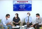 Quyền Linh gặp sự cố dở khóc dở cười trên sóng livestream