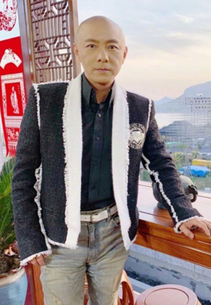 Trương Vệ Kiện không buồn khi bị nhiều người chê hết thời