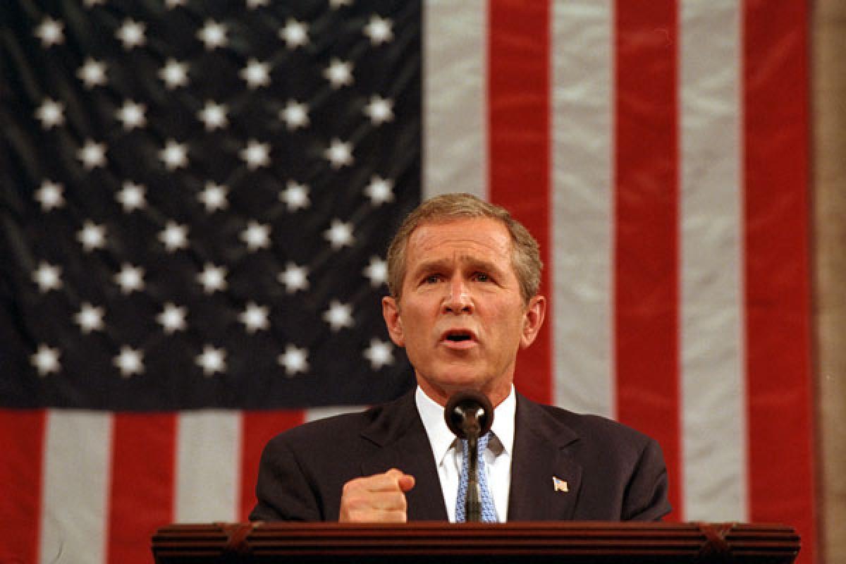Lời tuyên chiến với chủ nghĩa khủng bố của Tổng thống George W. Bush