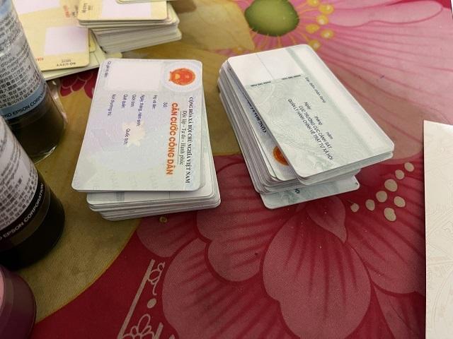 Triệt phá đường dây làm đủ loại giấy tờ giả quy mô lớn ở Quảng Nam