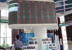 Foreign investors withdraw cash, but will return soon: experts