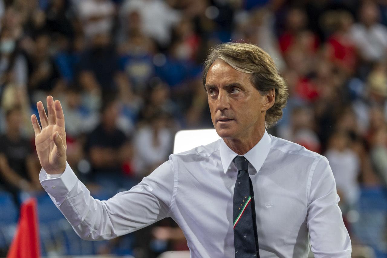Tuyển Italy đá đâu hỏng đó, HLV Mancini hết nhã nhặn nổi