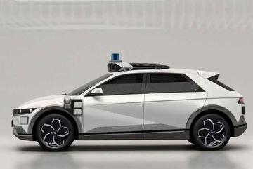 Hyundai sắp ra mắt taxi không người lái Ioniq 5