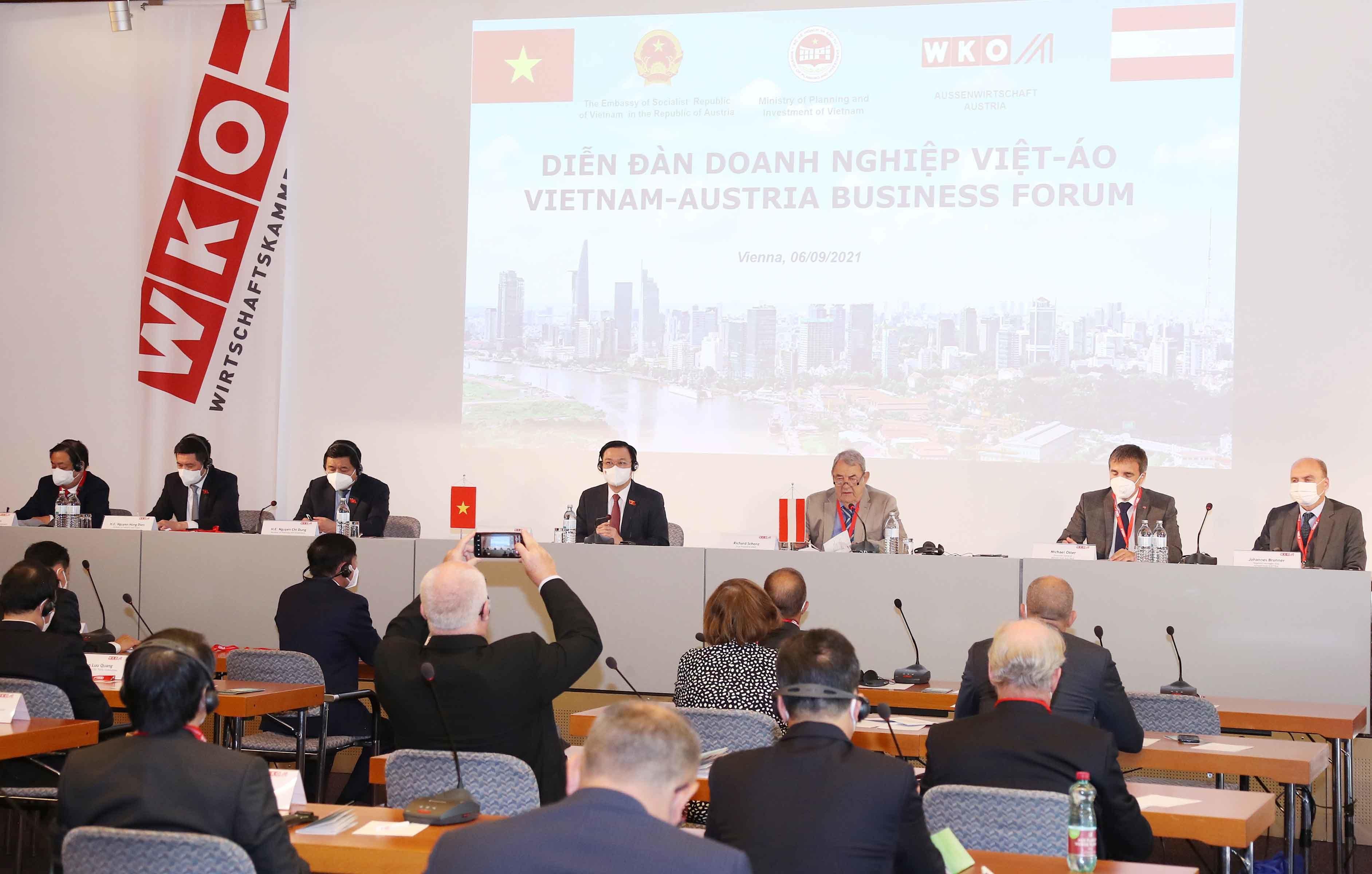 Hợp tác với Việt Nam là tiếp cận với thị trường có hơn 1 tỷ dân