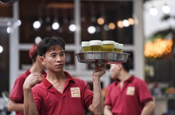 Hanoi among best cities in Vietnam for beer lovers