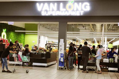 Overseas Vietnamese firms are suppliers ofVietnamesegoods to foreign markets