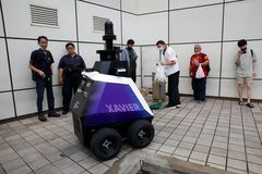 Singapore thử nghiệm robot tuần tra