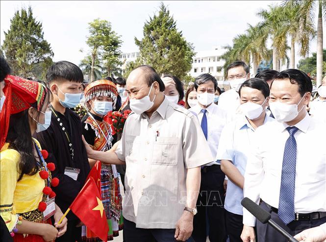 Chủ tịch nước dự Lễ khai giảng Trường Phổ thông Dân tộc nội trú THPT tỉnh Yên Bái