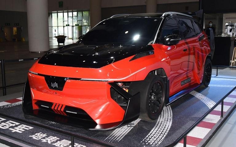 Loạt xe điện độ kỳ lạ nhất tại triển lãm ô tô Thành Đô ở Trung Quốc